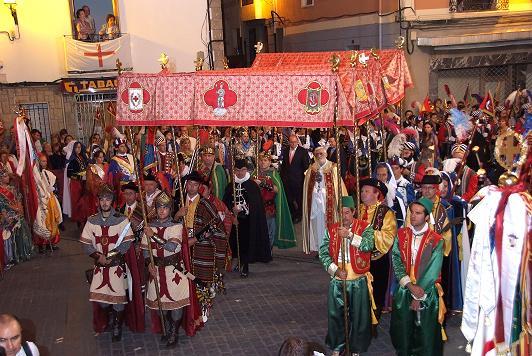 Reliquia Banyeres de Mariola Bordados Villena Fiesta de Moros y Cristianos Bañeres